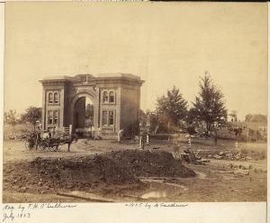 gatehouse1