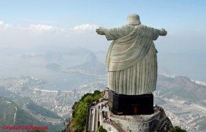Fat-Jesus-In-Rio-De-Janeiro